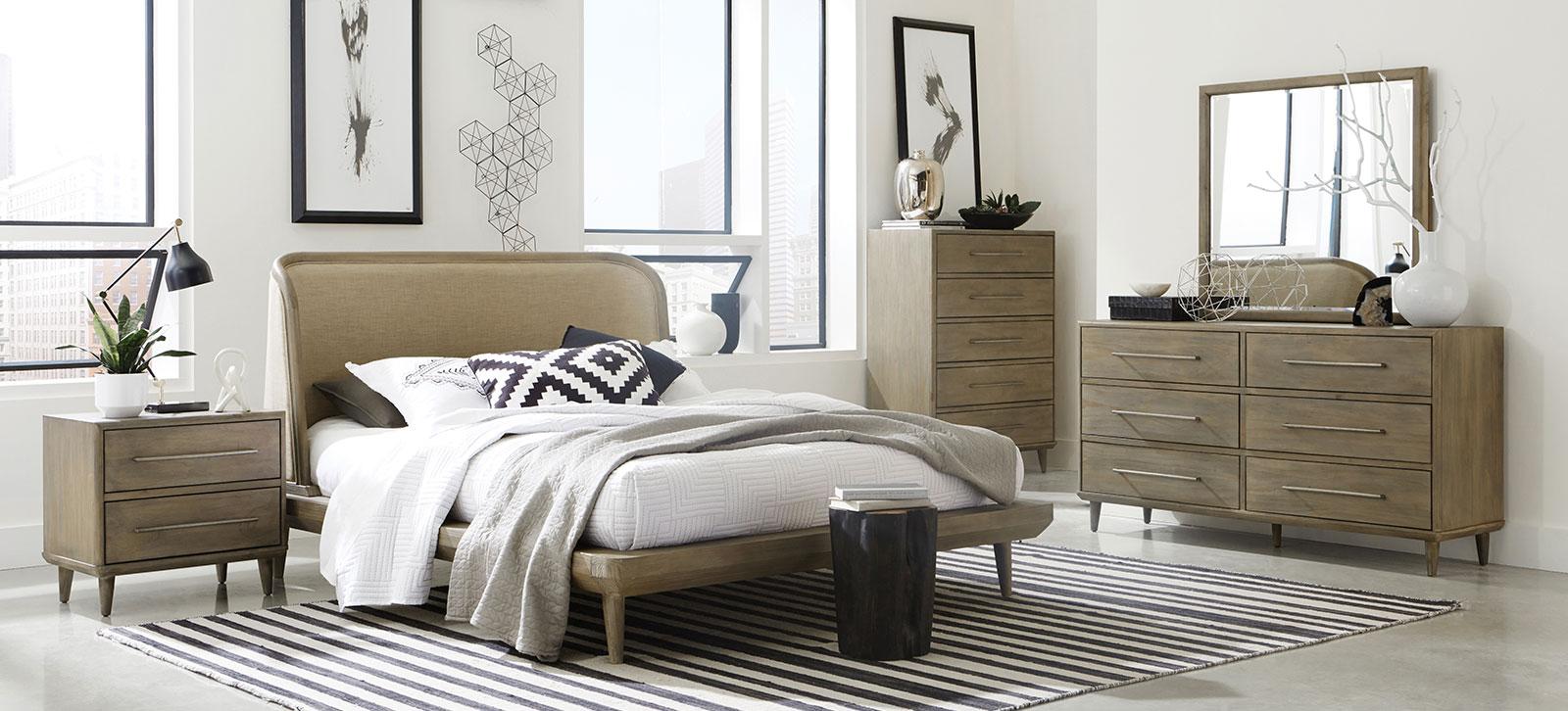 Spindle bedroom set